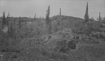 1200′ section, No. 2 vein, outcrop is at higher elevation above lake (150′) shows No. 10 Pit X, Great Bear Lake, N.W.T., 1931. Photograph. LAC PA-014785